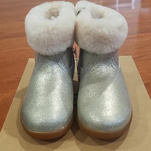 343b29271dd NWT UGG Toddlers' Jorie II Metallic Boot